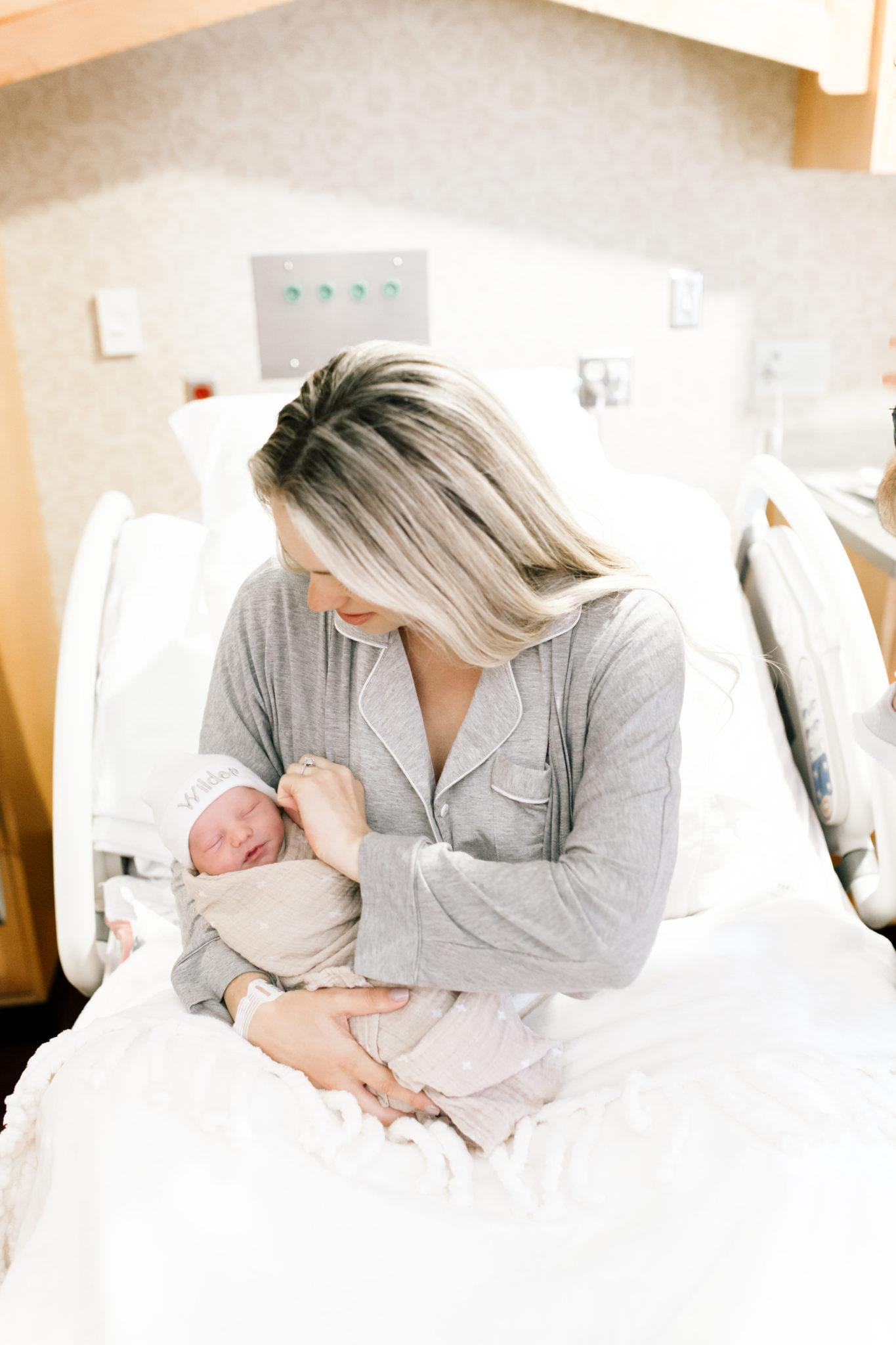 baby first hospital photos