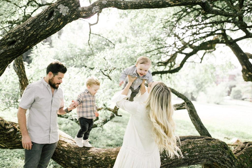 family photo pose ideas